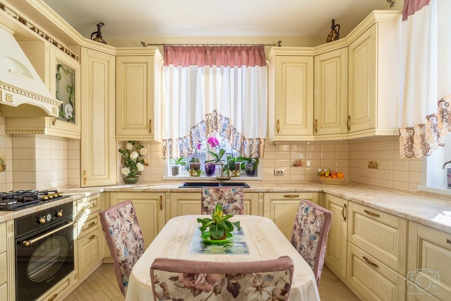 Белый кухонный гарнитур-Кухня из шпона «Модель 3»-фото1
