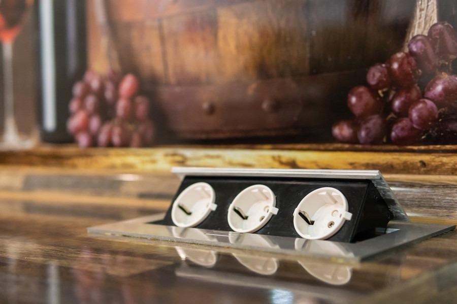 Белый кухонный гарнитур-Кухня из пластика «Модель 2»-фото7