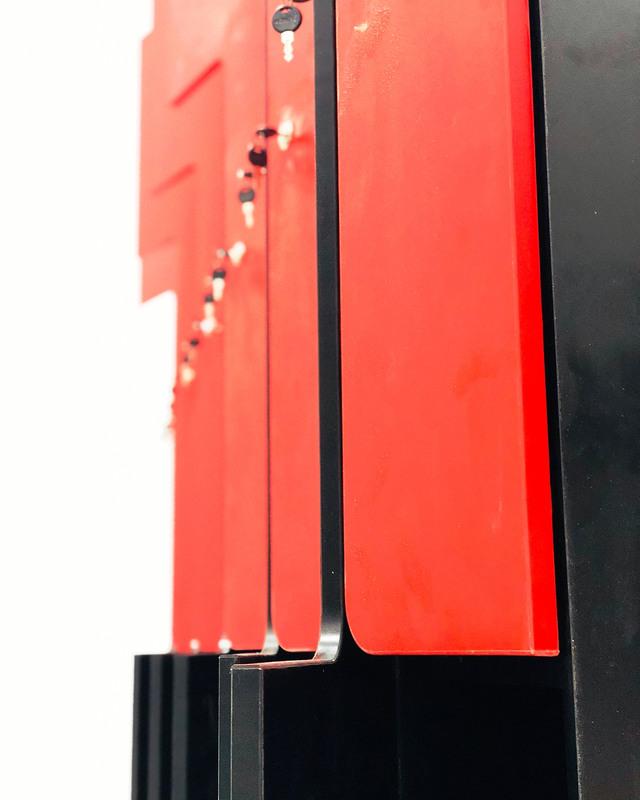 Торговая мебель-Шкафчики для раздевалки «Модель 162»-фото1