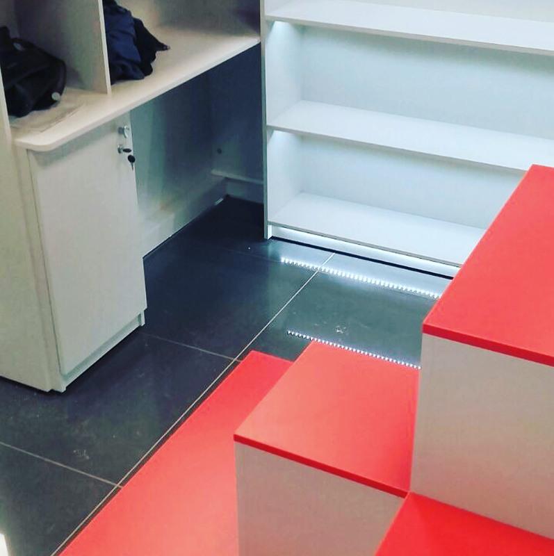 Торговая мебель-Мебель для магазина «Модель 176»-фото2