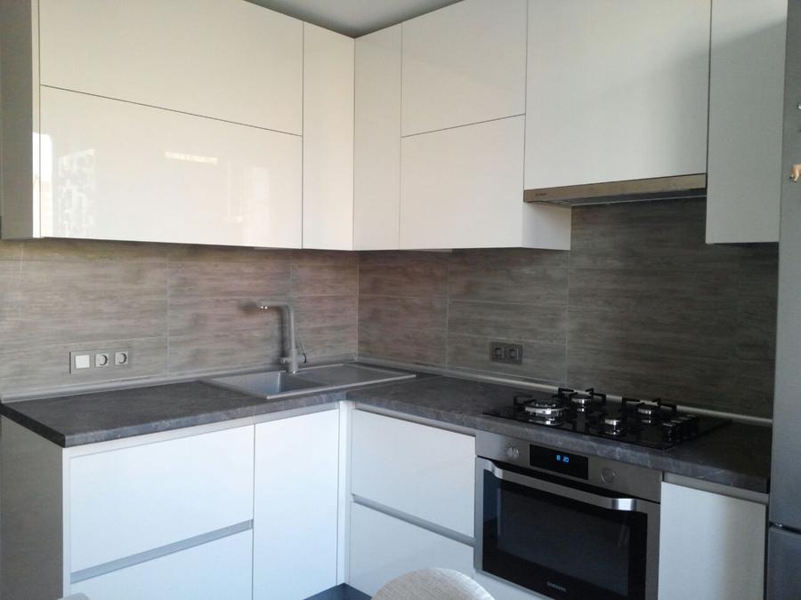 Белый кухонный гарнитур-Кухня из пластика «Модель 361»-фото1