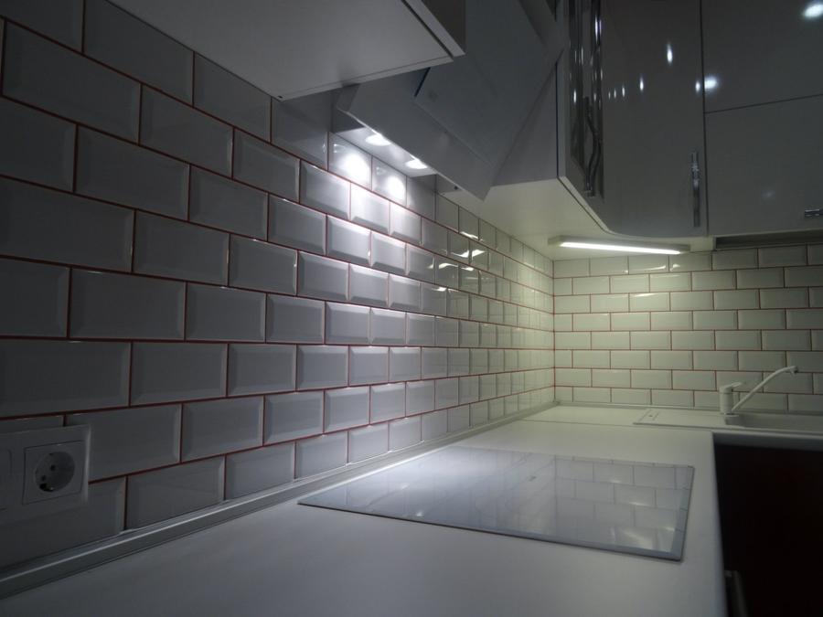 Белый кухонный гарнитур-Кухня из пластика «Модель 365»-фото7