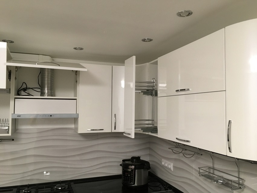 Белый кухонный гарнитур-Кухня МДФ в эмали «Модель 472»-фото6