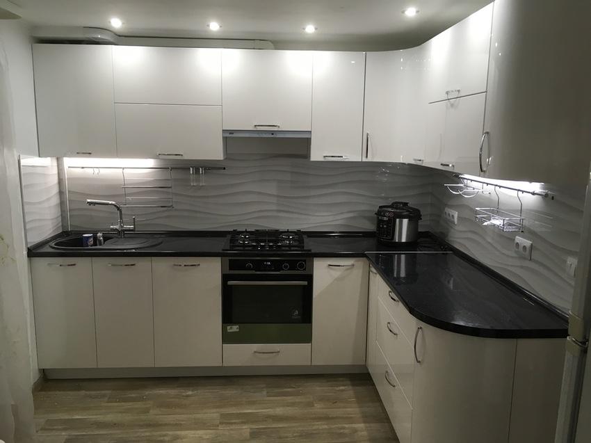 Белый кухонный гарнитур-Кухня МДФ в эмали «Модель 472»-фото5