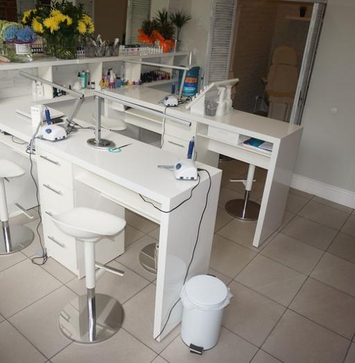 Торговая мебель-Мебель для салона «Модель 116»-фото2