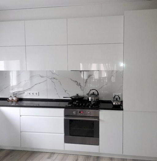Белый кухонный гарнитур-Кухня МДФ в эмали «Модель 592»-фото5